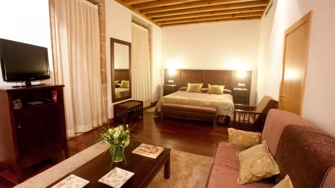 Hotel con Encanto en Santiago de Compostela. Hotel Monumento San Francisco