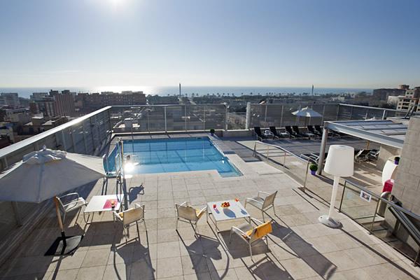Hotel con piscina en Barcelona