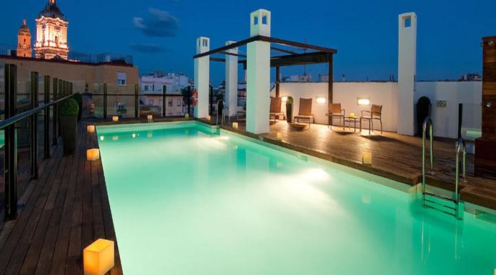 Destinos para Semana Santa 2013. Hoteles con Encanto Hotel Vincci Málaga