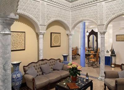 Hoteles con encanto para Escapadas Románticas. Alcoba del rey